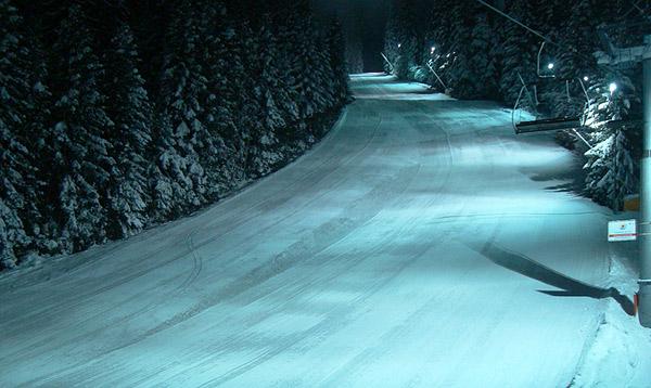 Borovec, noćno skijanje