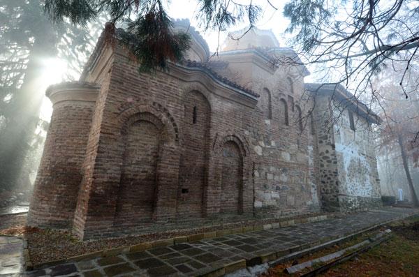 Magla oko crkve Bojane